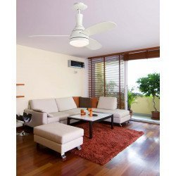 Ceiling Fan 122 cm. white with light and remote control.